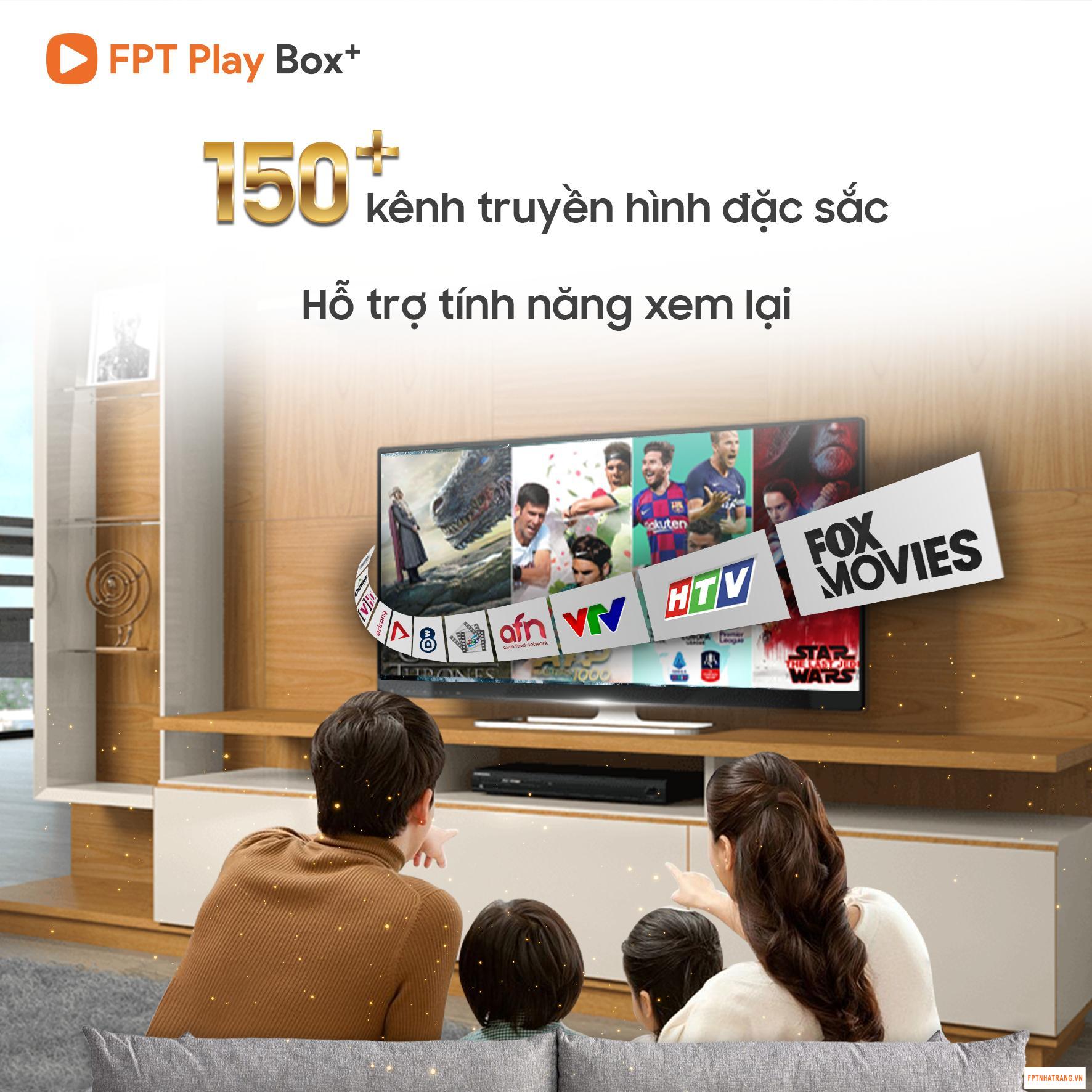 """Tết mùa """"Cô vy"""" - Ở nhà xem tivi để cách ly an toàn"""